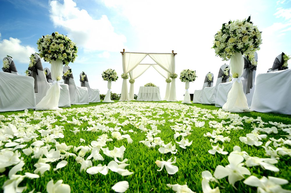 4 Dicas De Passadeiras Para Casamentos Praianos: 10 Dicas Para Ter O Casamento Dos Sonhos Economizando