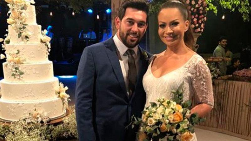 olange Almeida se casa com empresário e joga buquê ao som de Pabllo Vittar