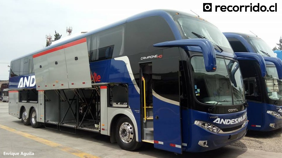 Nuevos buses Santiago Lima Enrique Aguila