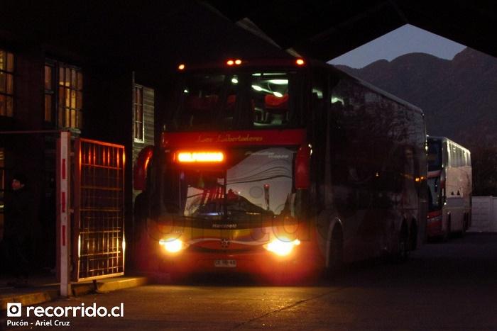 ckrb48 - pullman los libertadores - valparaíso - pucón - paradiso 1800 dd - scania