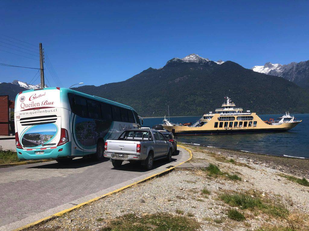 Zarpe desde Hornopirén a Caleta Gonzalo. Fotos por Turismo Queilen