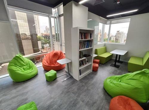 Porto Alegre: nosso escritório conta com Biblioteca, Arena e Espaço Bem-Estar