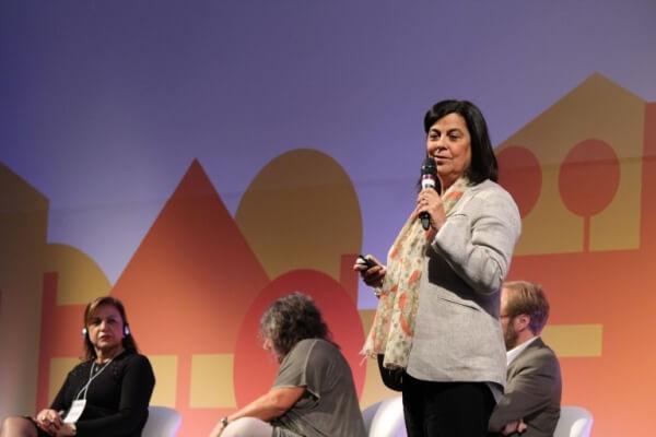 Palestrante Teresa Izquierdo no Seminário Internacional de Avaliação Econômica