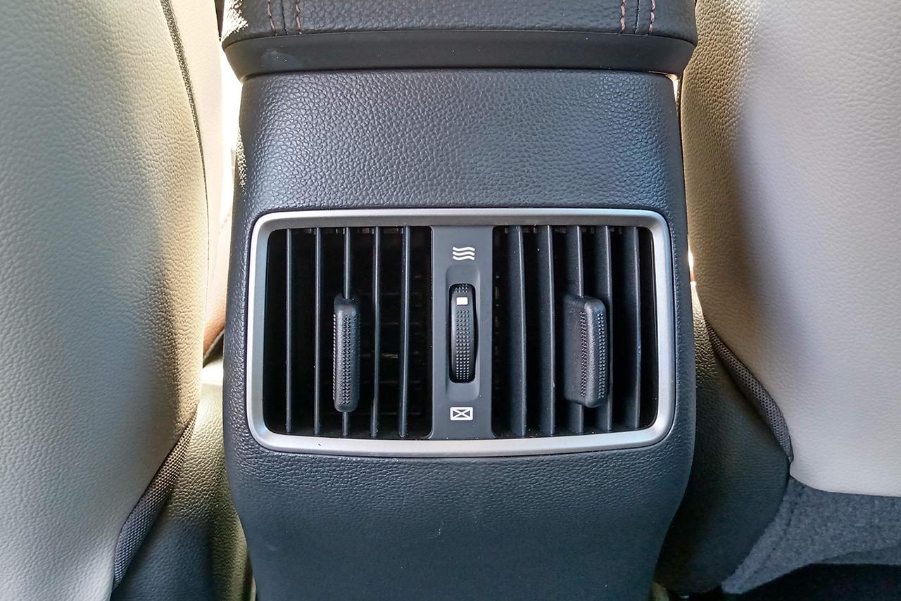 SUV clama por mudanças visuais, mas entrega bom pacote de equipamento com preço bem abaixo dos concorrentes. Vale a pena?