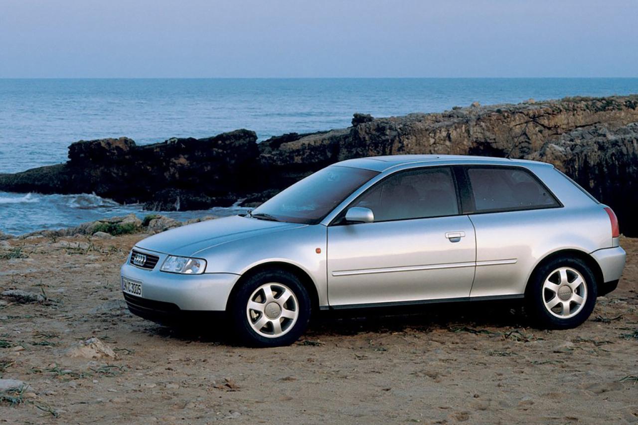 Mobiauto listou dez opções de veículos que completaram 20 anos de vida e estão isentos do tributo a partir deste ano. Confira!
