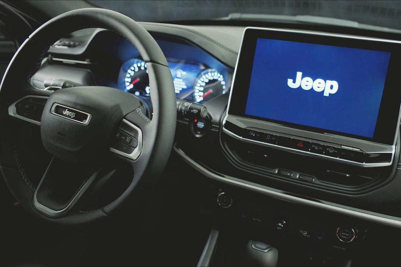 Fabricante confirma câmbio automático de seis marchas nas versões 1.3 turboflex do SUV, mas nova central com Wi-Fi não estará em todas as versões