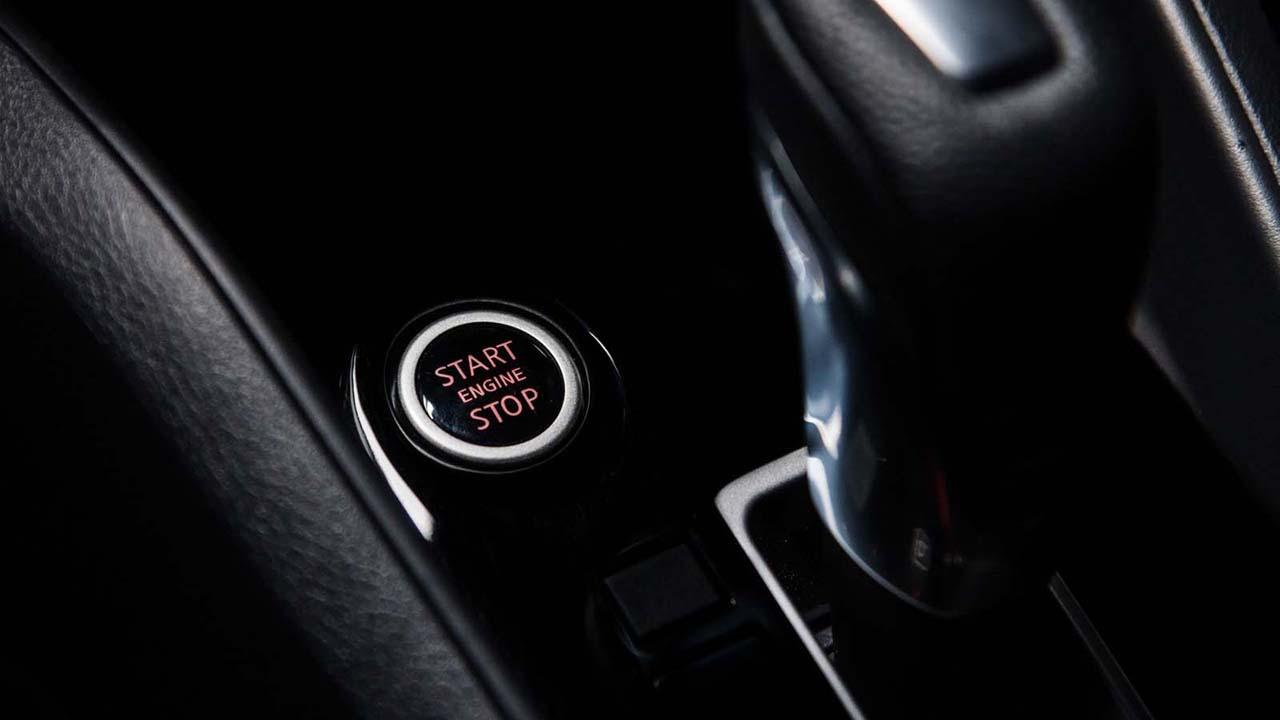 Novo Nissan Versa 2021 não terá motor turbo como seus principais concorrentes.
