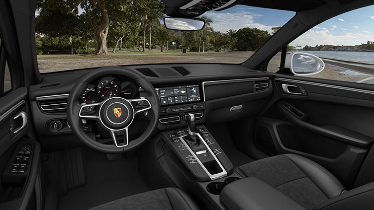 Modelo de entrada da marca oferece o refinamento e excelência esperado de um Porsche.