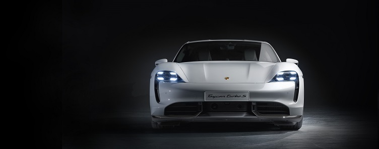 Taycan, o Primeiro superesportivo elétrico da Porsche, mantém DNA puro sangue da marca.