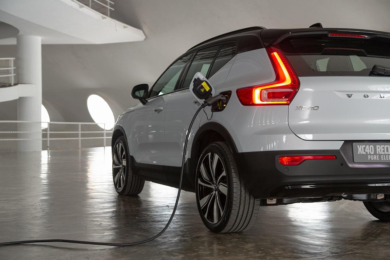 Marca anunciou que todos os seus modelos no país serão híbridos ou elétricos já em 2021. E lançou o XC40 Recharge Pure Electric a R$ 389.950