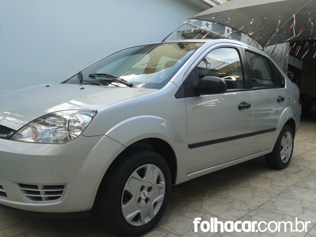 Ford Fiesta Sedan Trend 1.0 (flex) - 07/07 - 15.900
