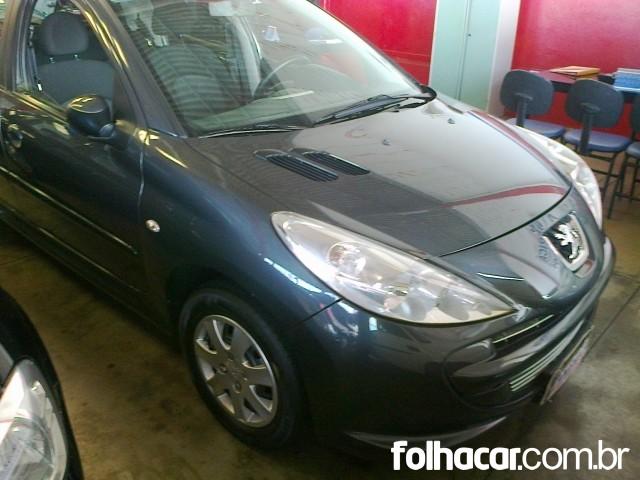 Peugeot 207 Hatch XR 1.4 8V (flex) 4p - 11/12 - 23.900