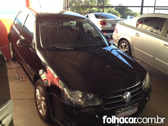 Volkswagen Golf Sportline 1.6 (flex) - 10/11 - 33.500