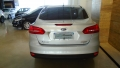 120_90_ford-focus-sedan-se-2-0-powershift-15-16-17-3