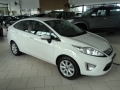 Ford New Fiesta Sedan SE 1.6 16V (Flex) - 10/11 - 33.500