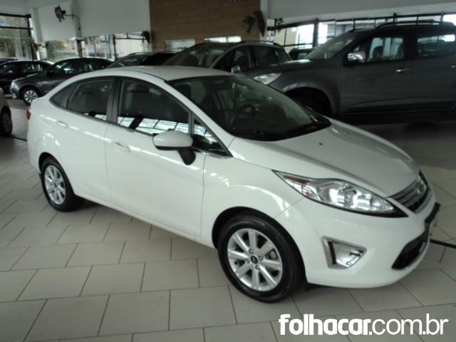 Ford New Fiesta Sedan SE 1.6 16V (Flex) - 10/11 - 33.500