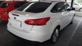 120_90_ford-focus-sedan-se-plus-2-0-powershift-15-16-3