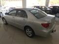 120_90_toyota-corolla-sedan-xei-1-8-16v-aut-03-04-72-2