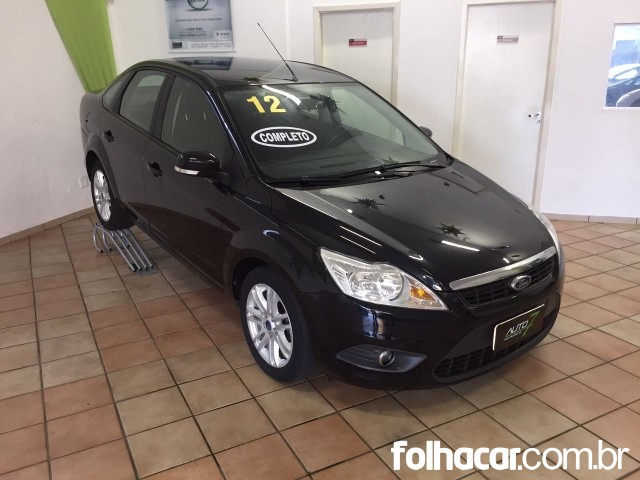 640_480_ford-focus-sedan-glx-1-6-16v-flex-12-1-6