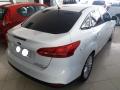 120_90_ford-focus-sedan-titanium-2-0-powershift-15-16-14-4