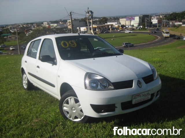 Renault Clio Clio Hatch. Campus 1.0 16V (flex) 4p - 08/09 - 17.500