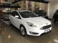 120_90_ford-focus-sedan-focus-fastback-titanium-2-0-powershift-16-17-1