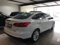 120_90_ford-focus-sedan-focus-fastback-titanium-2-0-powershift-16-17-4
