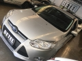 120_90_ford-focus-sedan-se-2-0-16v-powershift-aut-14-15-14-10