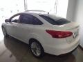120_90_ford-focus-sedan-titanium-2-0-powershift-15-16-3-4