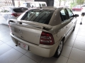 120_90_chevrolet-astra-hatch-advantage-2-0-flex-06-07-88-5