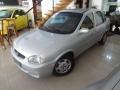 120_90_chevrolet-classic-corsa-sedan-1-0-mpfi-04-04-23-2