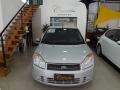 120_90_ford-fiesta-sedan-1-6-flex-08-08-35-4