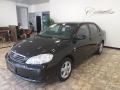 120_90_toyota-corolla-sedan-xei-1-8-16v-05-05-27-3