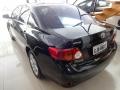 120_90_toyota-corolla-sedan-xli-1-8-16v-flex-aut-09-10-9-13