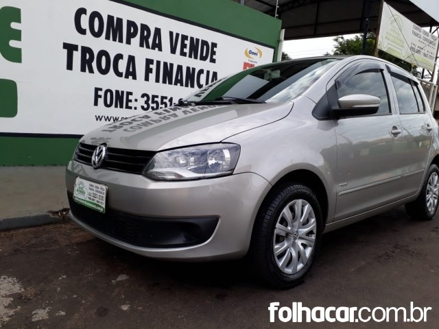 640_480_volkswagen-fox-1-0-vht-total-flex-4p-11-12-210-3