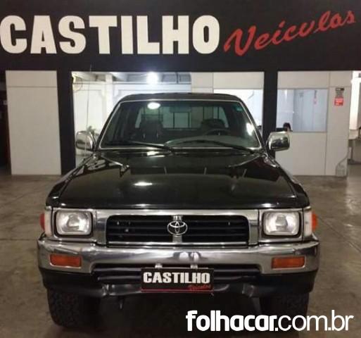 640_480_toyota-hilux-cabine-dupla-hilux-sr5-4x4-2-8-cab-dupla-01-01-7-1