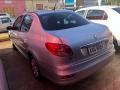 120_90_peugeot-207-sedan-207-passion-xr-1-4-8v-flex-11-12-7-3