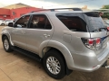 120_90_toyota-hilux-sw4-srv-3-0-4x4-7-lugares-13-13-29-3