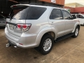 120_90_toyota-hilux-sw4-srv-3-0-4x4-7-lugares-13-13-29-4