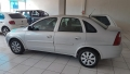 120_90_chevrolet-corsa-sedan-1-0-8v-02-03-44-3