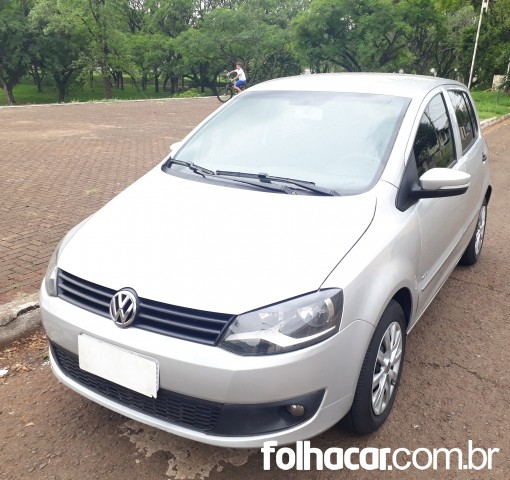 640_480_volkswagen-fox-1-6-vht-total-flex-12-13-109-1
