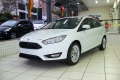 120_90_ford-focus-sedan-se-plus-2-0-powershift-17-17-1