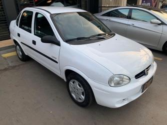 Classic Corsa Sedan Life 1.0 (flex)