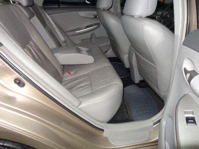 640_480_toyota-corolla-sedan-xei-1-8-16v-flex-aut-08-09-7-13