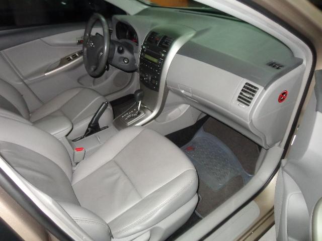 640_480_toyota-corolla-sedan-xei-1-8-16v-flex-aut-08-09-7-14