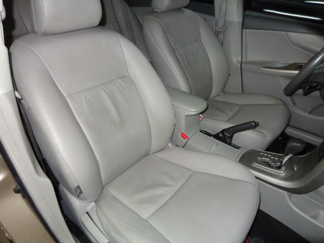 640_480_toyota-corolla-sedan-xei-1-8-16v-flex-aut-08-09-7-15