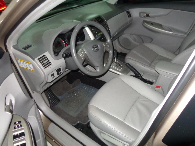 640_480_toyota-corolla-sedan-xei-1-8-16v-flex-aut-08-09-7-16