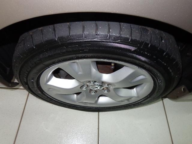 640_480_toyota-corolla-sedan-xei-1-8-16v-flex-aut-08-09-7-19
