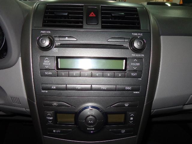 640_480_toyota-corolla-sedan-xei-1-8-16v-flex-aut-08-09-7-7