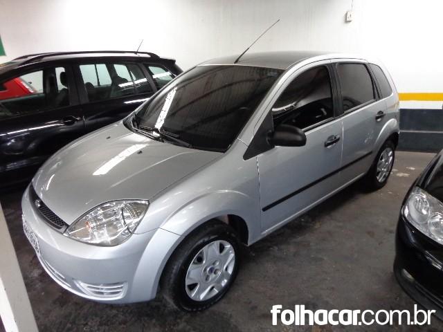 Ford Fiesta Hatch Personnalite 1.0 8V - 06/07 - 15.900
